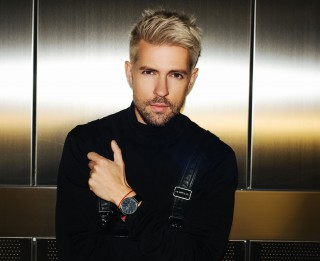 Video: Markus Riva izdod pirmo albumu latviešu valodā