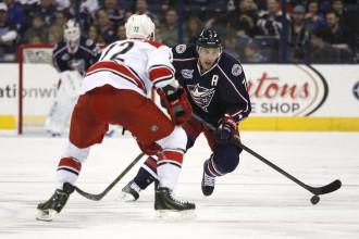 NHL hokejists Džeks Džonsons paziņo par bankrotu