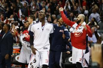 """""""Hawks"""" uzvaru sērija turpinās, """"Warriors"""" otrais zaudējums pēc kārtas"""