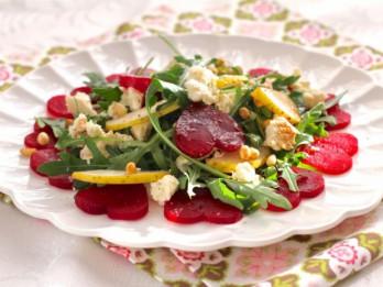 Sieviešu dienas ātrie svētku salāti