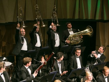 Krievu smeldze un franču kvēle ekskluzīvā LNSO koncertā  Cēsu koncertzālē
