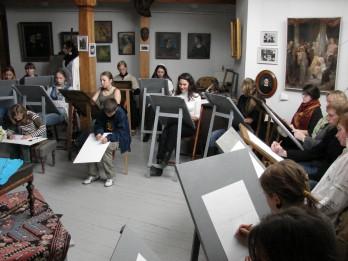 Aicina apmeklēt zīmēšanas nodarbības izcilā mākslinieka Rozentāla darbnīcā