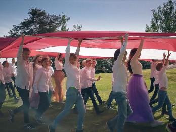 """Video: Popgrupa """"NANDO"""" publicē skaistu veltījumu Latvijai!"""