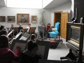 Zīmēšanas nodarbības pieaugušajiem J.Rozentāla un R.Blaumaņa muzejā