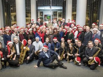 """Šovakar igauņu mūziķi un komponists Urmass Sisasks aicina klausīties """"Ziemassvētku oratoriju"""""""