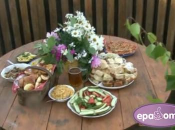 Video: Astroloģiskā virtuve: Ko likt galdā Vēzim