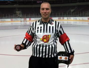 Ansons tiesās Čempionu hokeja līgas 1/16fināla spēli