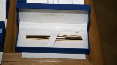 """Līdz 1. septembrim aicina pieteikt pretendentus balvām """"Zelta pildspalvas"""" un """"Zelta stipendija"""""""