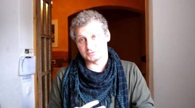 """Ar lugas """"Uzvarēt var tikai viens"""" autoru Ivo Briedi sarunājas dramaturģe Justīne Kļava"""
