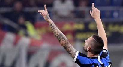 """Līdere """"Inter"""" saimnieko, """"Milan"""" neuzvar jau septītajā derbijā pēc kārtas"""