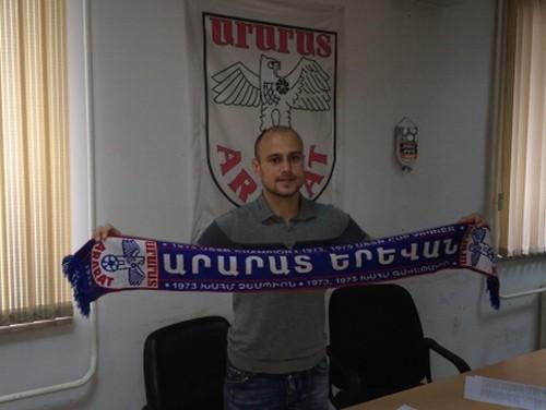 Bijušais izlases pussargs Perepļotkins pievienojas Armēnijas līderei