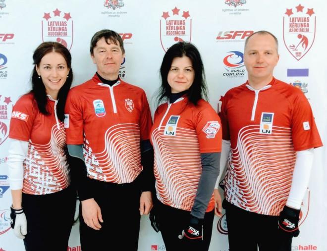Pasaules jaukto kērlinga komandu čempionātu sestdien uzsāks Latvijas izlase