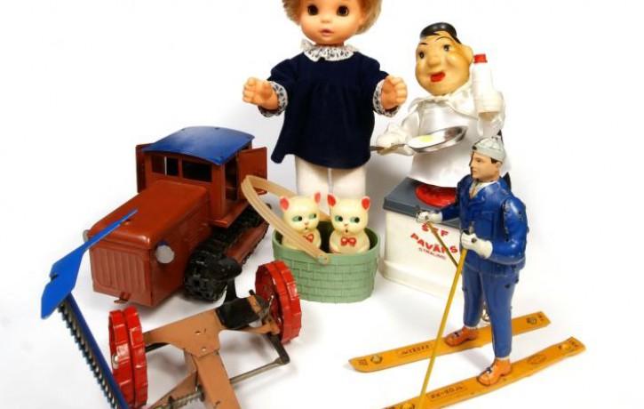 """Latvijas Nacionālais vēstures muzejs ģimenes ar bērniem aicina uz nodarbību """"Stāsti par rotaļlietām"""""""