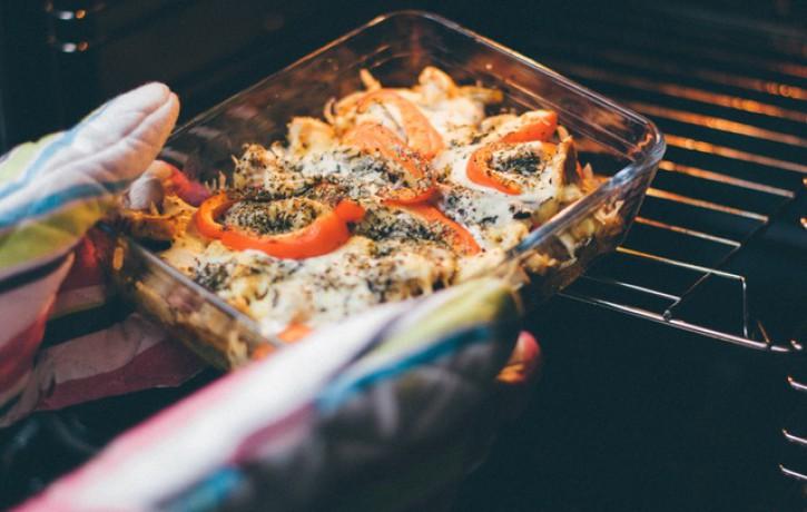 Lieliski ēdieni, kurus iespējams pagatavot cepeškrāsnī