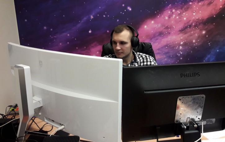 Labākie Latvijas videospeciālisti izvēlas <i>Philips</i> 34 collu monitorus