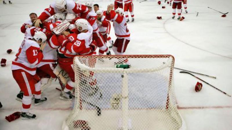 Kura komanda svinēs šogad? Foto: AFP
