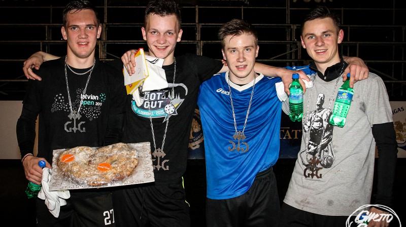 "26. maija ""Ghetto Floorball"" čempioni - ""Skolnieki"" Foto: Renārs Buivids (Ghetto Games)"