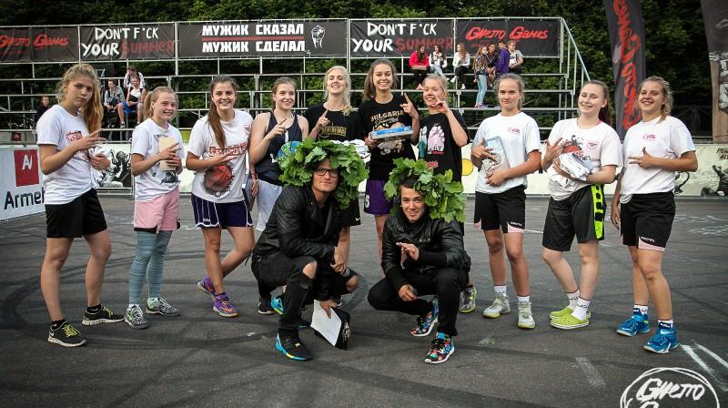 """25. jūnija """"Ghetto Basket"""" U15 meiteņu grupas labākās komandas Foto: Renārs Buivids (Ghetto Games)"""