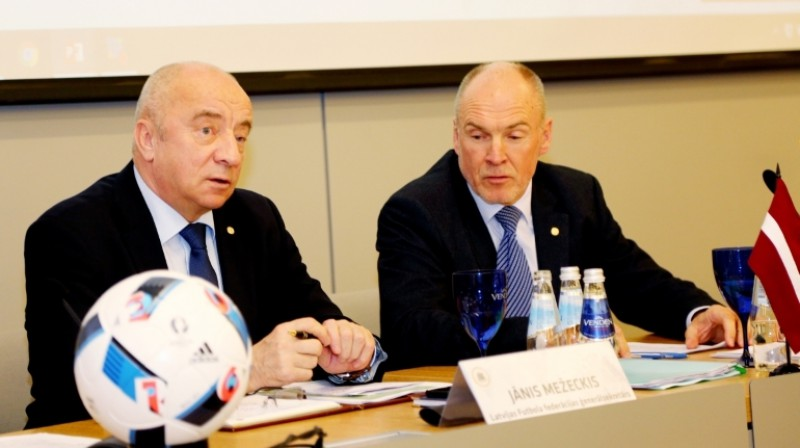 Jānis Mežeckis un Guntis Indriksons Foto: LFF