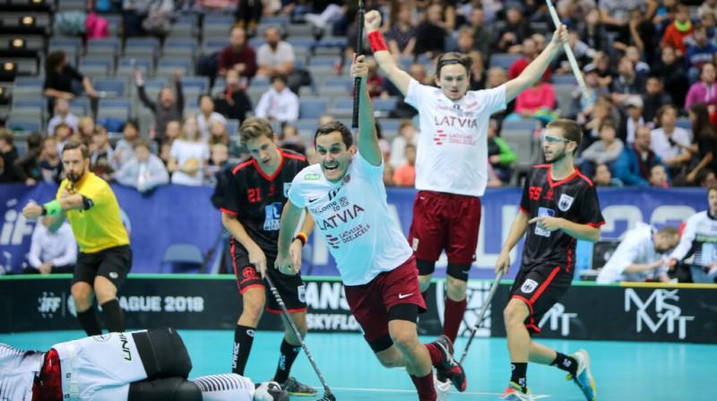 Latvijas florbola izlases līderis Atis Blinds. Foto: Ritvars Raits, Floorball.lv