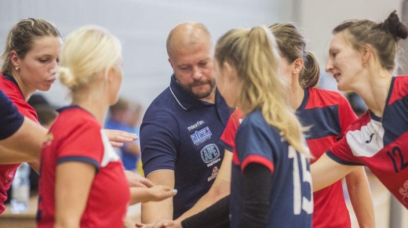 """Divu Jelgavas komandu cīņā uzvarēja rangā augstākās - VK """"Jelgava"""" volejbolistes Foto: VK """"Jelgava"""""""