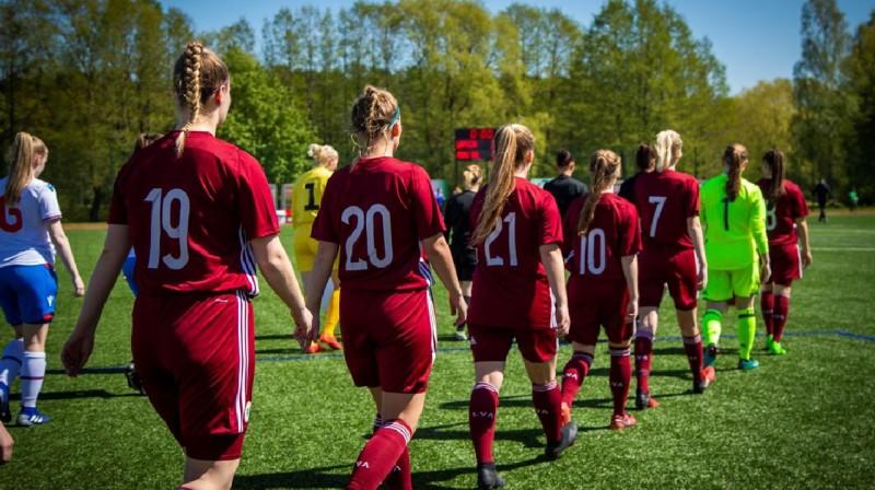 Latvijas U19 meiteņu izlase. Foto: lff.lv