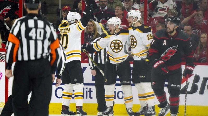 """Bostonas """"Bruins"""" pēc vārtu guvuma. Foto: USA Today Sports"""