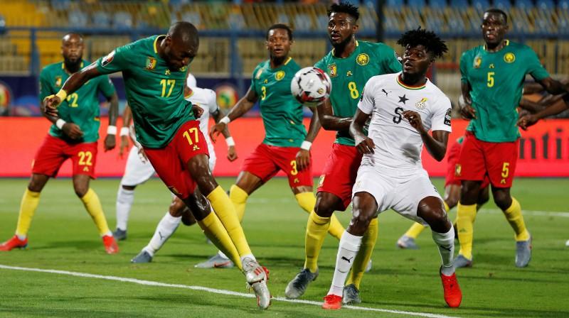 Cīņas epizode spēlē starp Kamerūnu un Ganu. Foto: Reuters/Scanpix