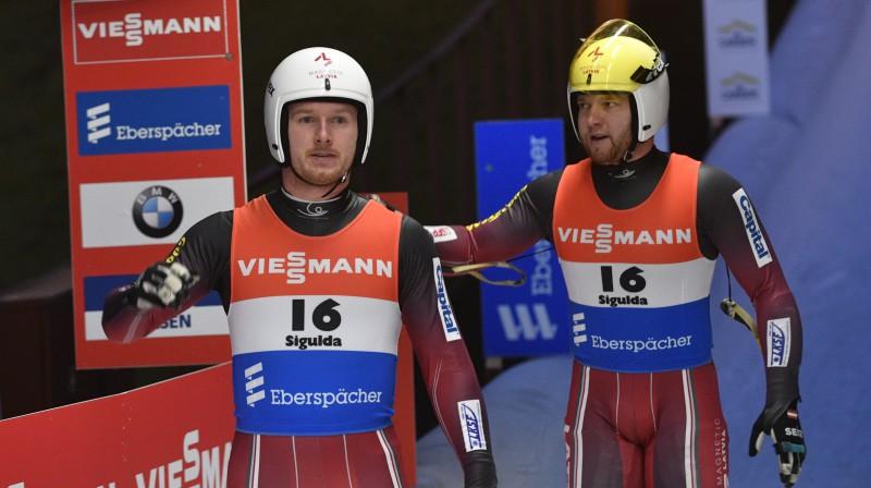 Pēteris Kalniņš un Oskars Gudramovičs. Foto: Romāns Kokšarovs/f64