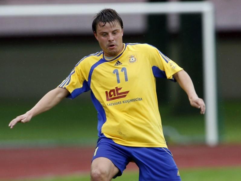 Koļesņičenko spēlēs vienā klubā ar Rubinu