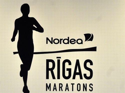 Nordea Rīgas maratonā gan skries, gan tvītos