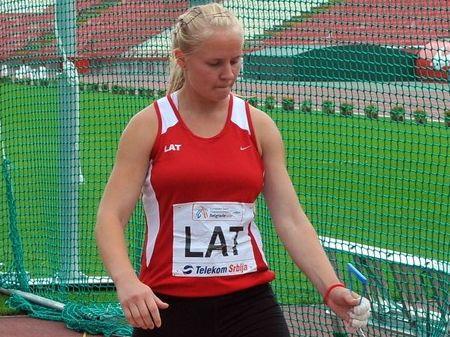 Laura Igaune vēlreiz labo Latvijas rekordu