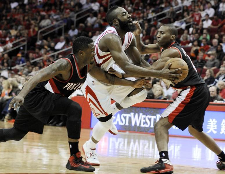 Dženingss un Hārdens - NBA pirmās nedēļas labākie