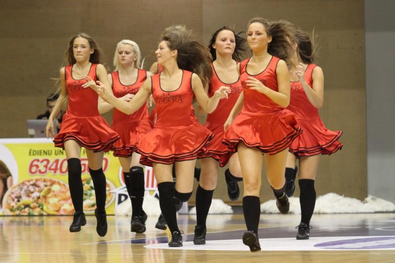 """""""Liepāja/Triobet"""" izsludina uzņemšanu karsējmeiteņu deju grupā"""