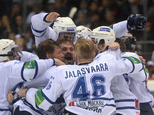 """KHL Spēlētāju arodbiedrība: """"Drošības dēļ neesam gatavi publiskot spēlētāju algas"""""""