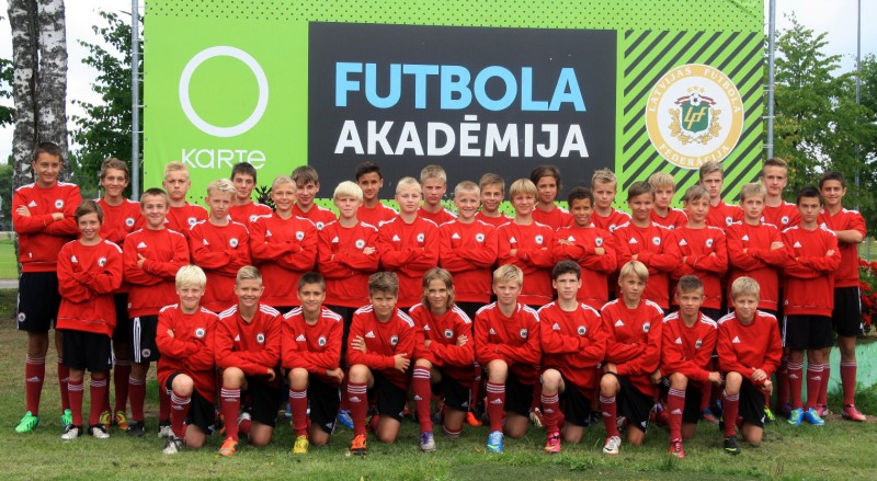 Kristers Lūsiņš piedalās OKartes Futbola akadēmijā