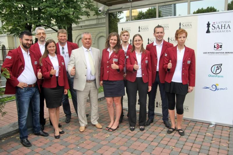 Finanšu ministre Reizniece-Ozola piedalīsies pasaules šaha olimpiādē