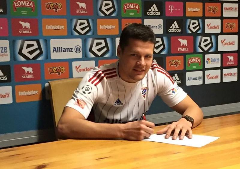 Ošam divu gadu līgums ar Polijas Ekstraklases klubu ''Gornik''