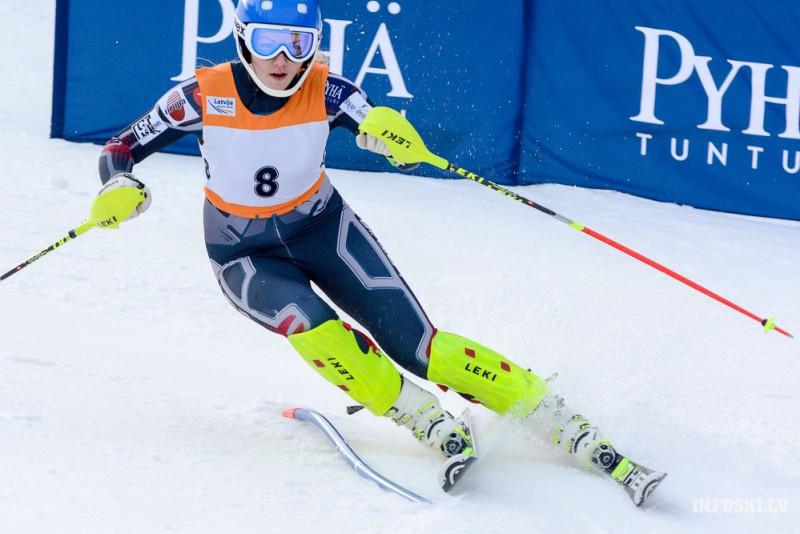 L.Bondarei punktu rekords FIS slalomā Somijā