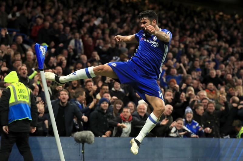 Matičs un Kosta netiek iekļauti ''Chelsea'' sastāvā, Zlatans varētu palikt MU
