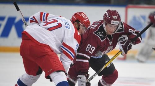 """Jevpalovs un Misjus paraksta pilnvērtīgus līgumus ar Rīgas """"Dinamo"""""""