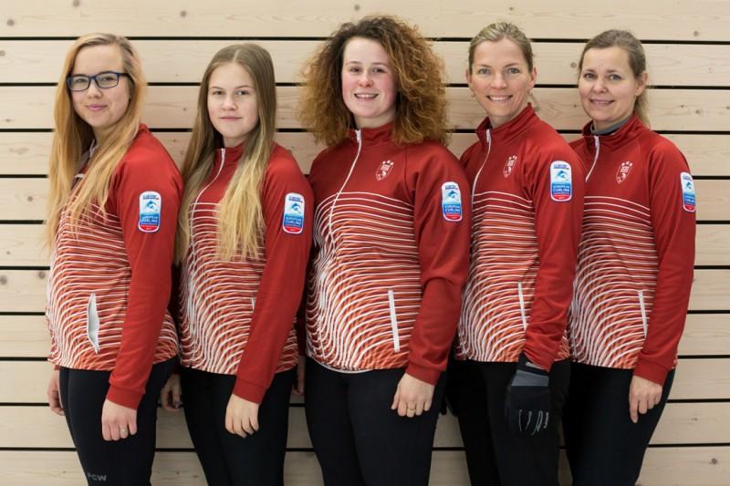 Latvijas sieviešu kērlinga izlase dosies cīņā par olimpisko ceļazīmi
