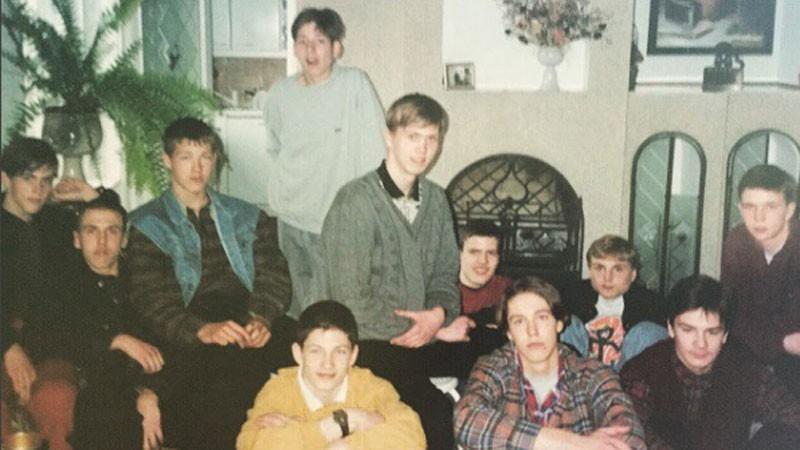 LJBL mežonīgie 90-tie: Aizkostais belašs, trabants, celofāna maisi, kaprona zeķe