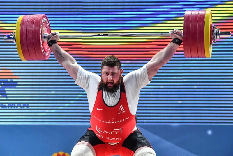 SOK atliek lēmuma pieņemšanu par svarcelšanas vietu olimpiskajās spēlēs