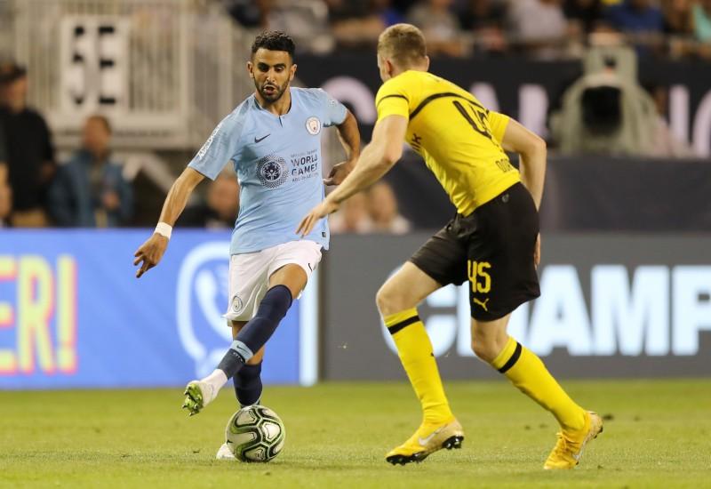 """Mahrezs debitē """"Manchester City"""", Dortmunde uzvar ar pendeli"""