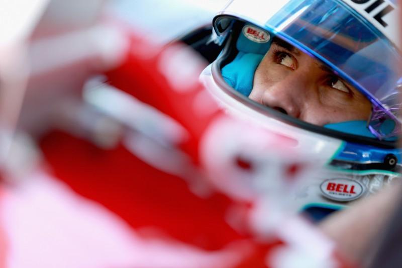 """""""IndyCar"""" avāriju piedzīvojušajam Vikensam veikta muguras operācija"""