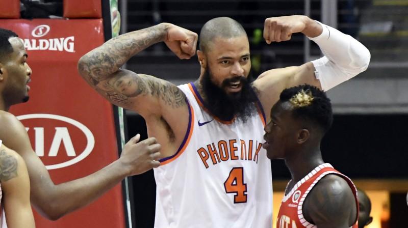 """Veterāns Čendlers pēc līguma izpirkšanas pievienosies Losandželosas """"Lakers"""""""
