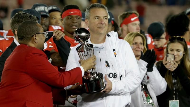 """Meijers karjeru noslēdz ar uzvaru """"Rose Bowl"""""""