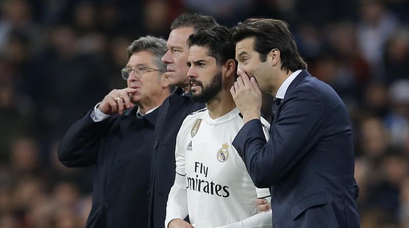 """Madrides """"Real"""" treneris Solari kritizē Isko: """"Lai spēlētu, ir jābūt labā fiziskajā formā"""""""