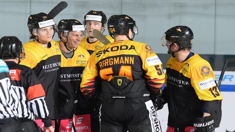 Vācija apspēlē pasaules čempionāta mājinieci, uzvaras arī Zviedrijai un Somijai